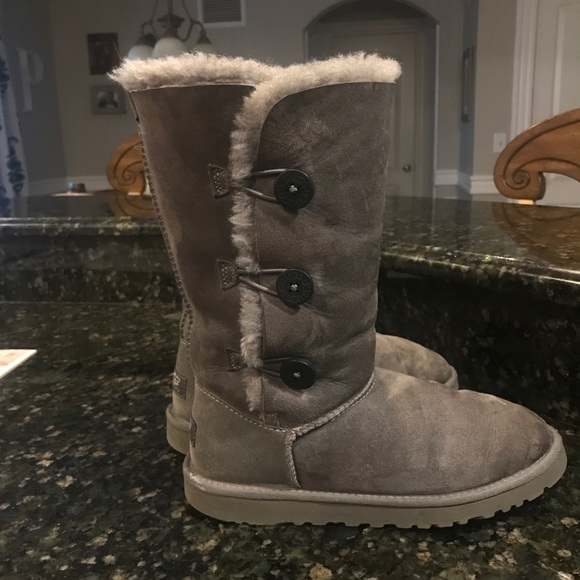 2dd843ba249 bailey button triplet ugg boots grey / tall uggs